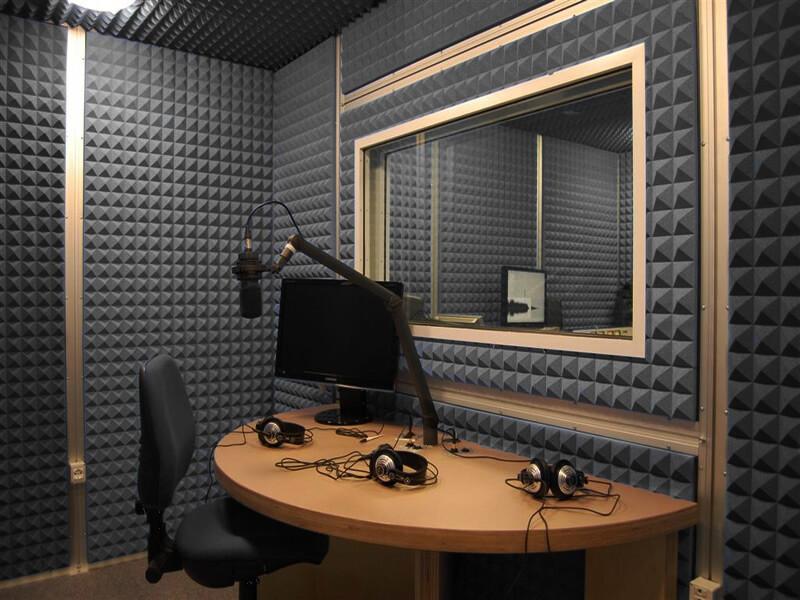 İdeal Akustik Ses Yalıtım Piramit Sünger Seti 4 Adet 50x50x5 cm
